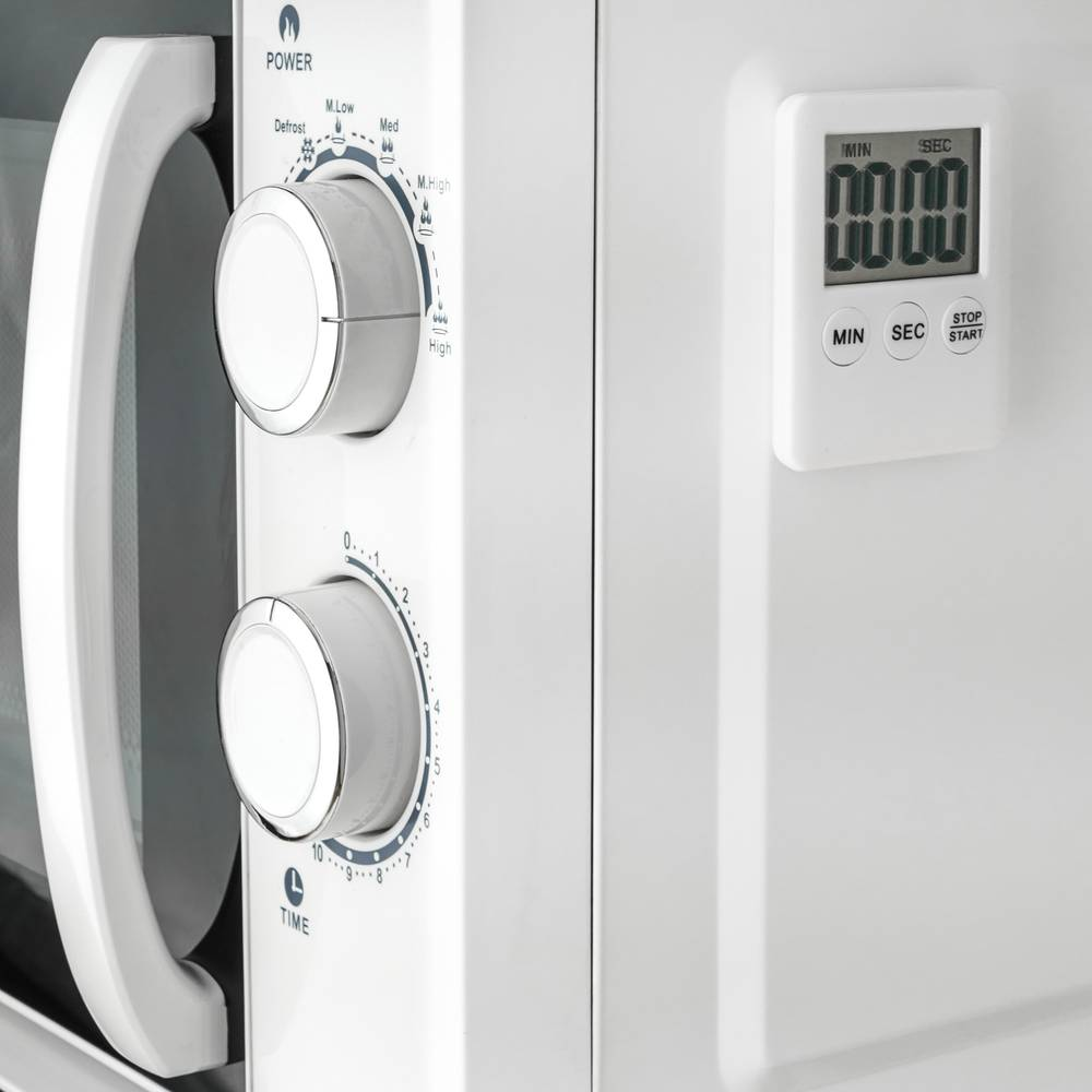 Magnetic kitchen timer  Digital time control in white color